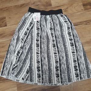 Lularoe Lola Skirt Small NWT